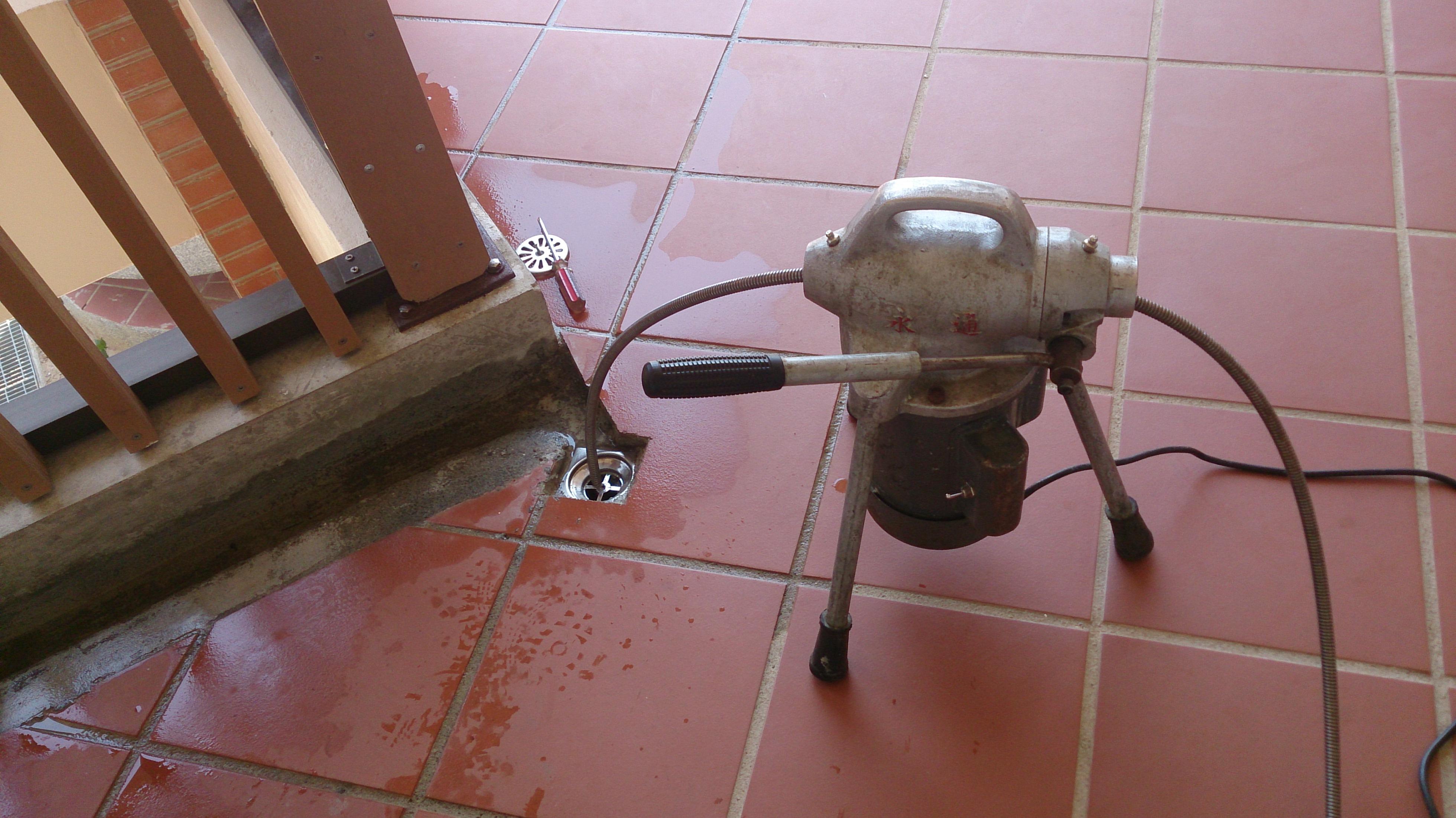 苗栗通水管通排水管厨房水管不通通马桶抽水肥化粪池