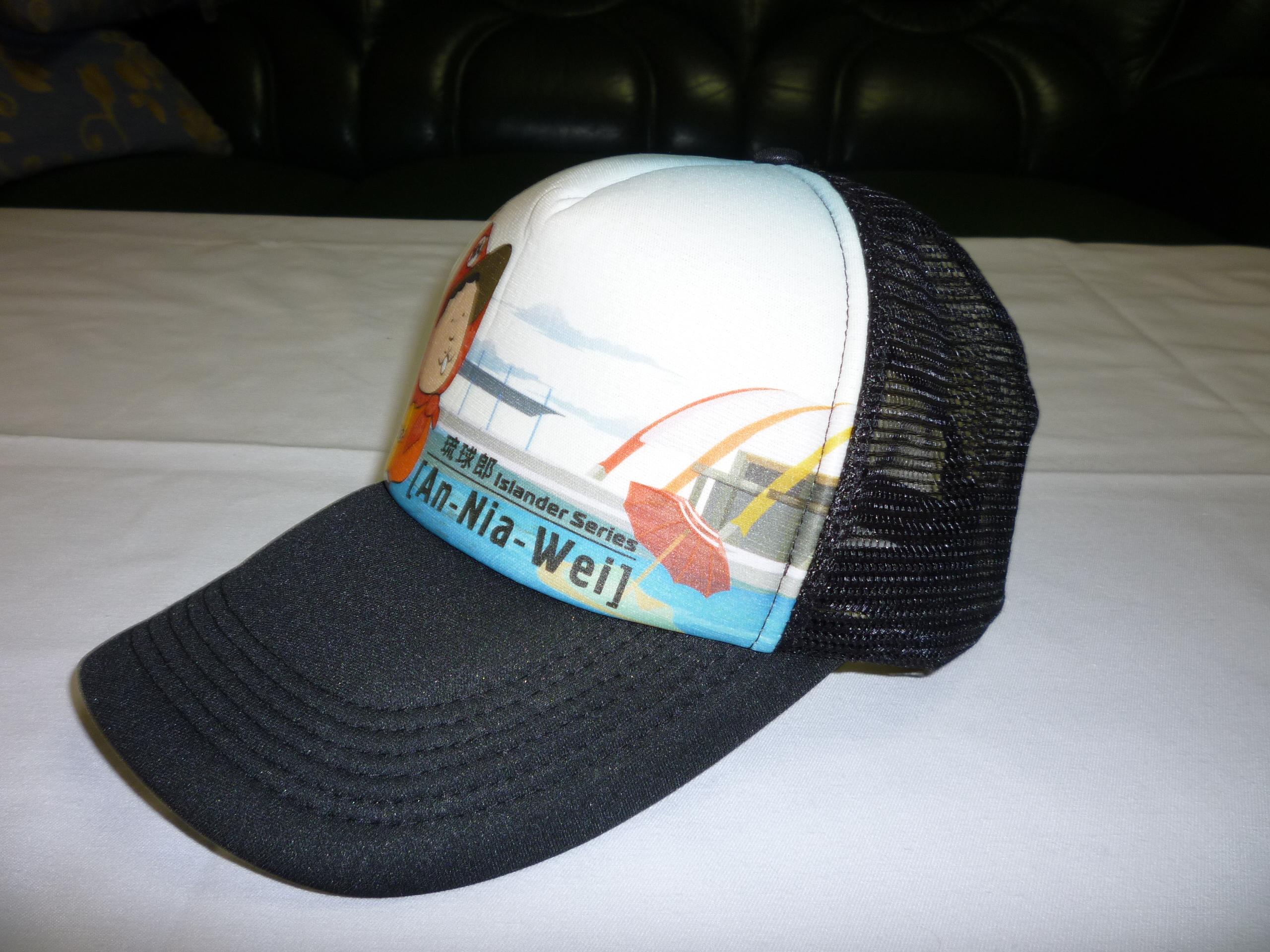 各式不同种类帽子应客人要求下去制作